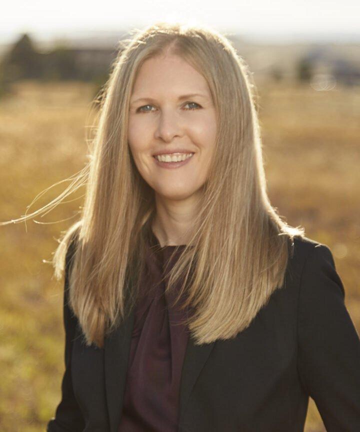Amanda Vinton Weisseg